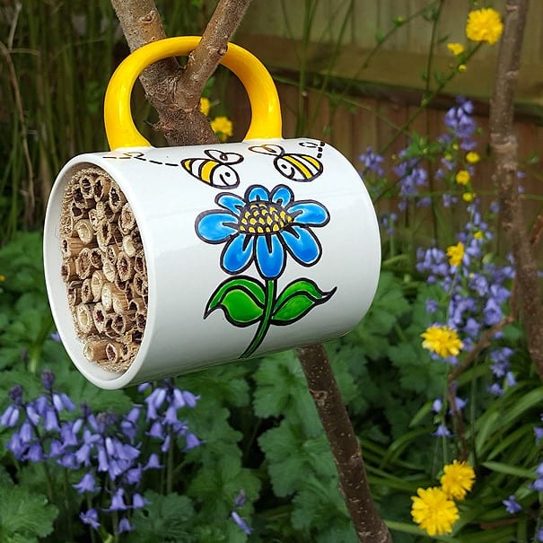 bee hotel crafts for schools